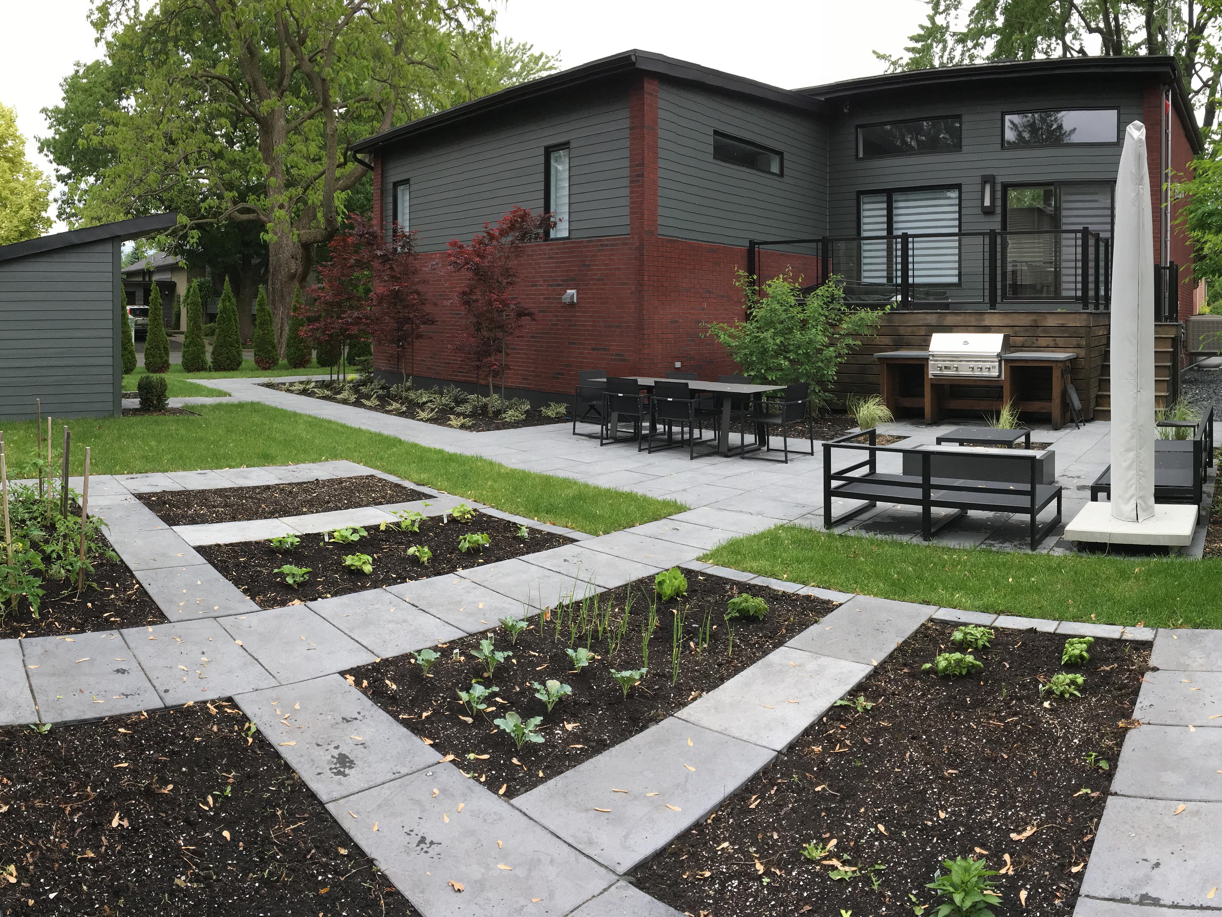 Aménagement Extérieur Maison Terrain En Pente accueil - jardins de la pinière | conception et aménagement